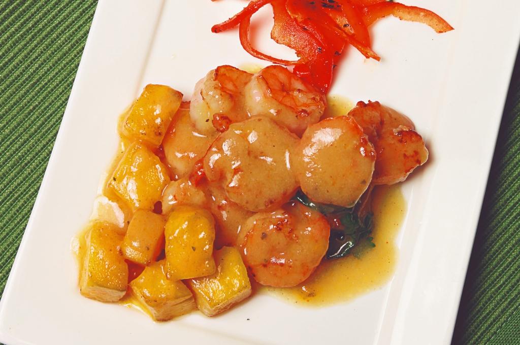 Camarones en salsa de mango