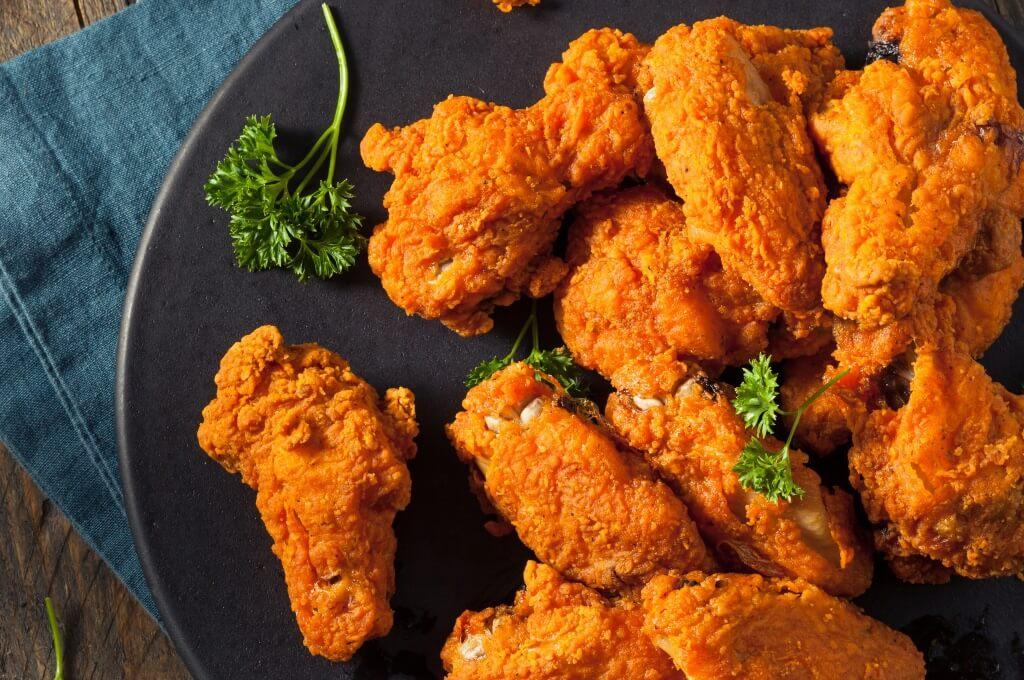 Esta receta la puedes acompañar con un aderezo blue cheese.